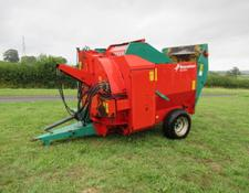Kverneland KD832 Trailed Straw Chopper