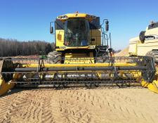 New Holland CSX7080