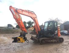 Hitachi ZAXIS85USB-6